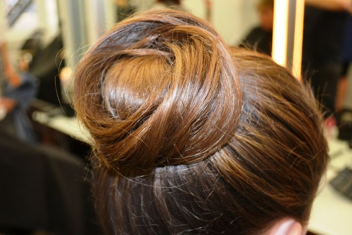 bridesmaid-hairstyle-idea-w724